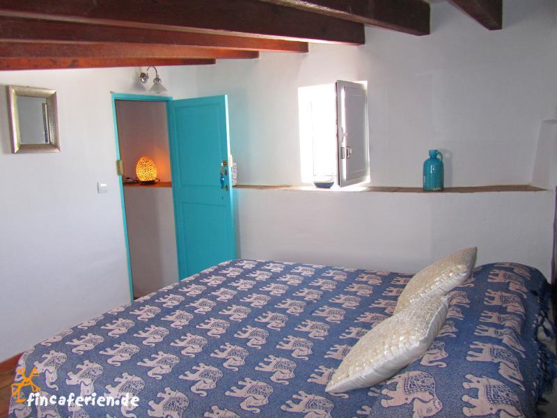 Ibiza-Stadt Ferienhaus mit Dachterrasse und Klimaanlage ...