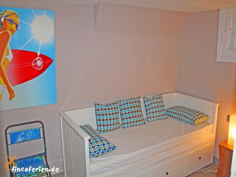 Ausziehbett kinderzimmer  Ibiza private Villa mit Pool und Klimaanlage, Jesus - fincaferien ...