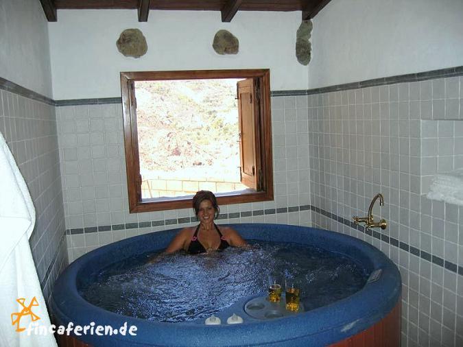 Gran Canaria Urlaub Im Landhaus Mit Whirlpool Klimaanlage - Whirlpool im wohnzimmer