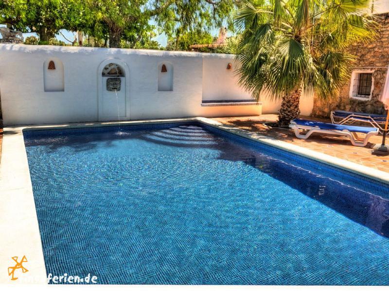 ibiza san rafael finca mit pool in ruhiger lage. Black Bedroom Furniture Sets. Home Design Ideas