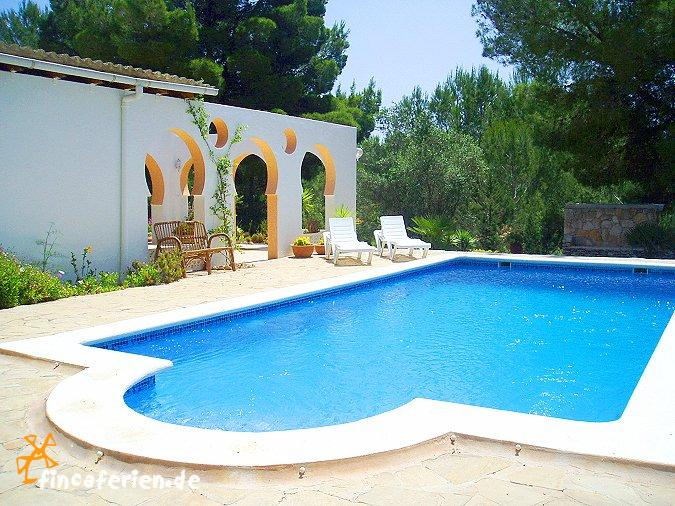 ibiza urlaub ferienhaus f r familien mit pool. Black Bedroom Furniture Sets. Home Design Ideas