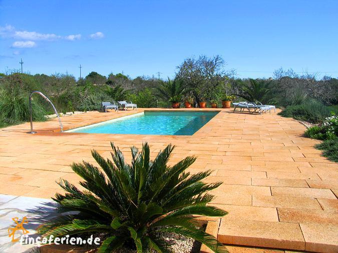 Mallorca Ferienhaus mit Pool bei Sa Coma an der Ostküste für 4 ...