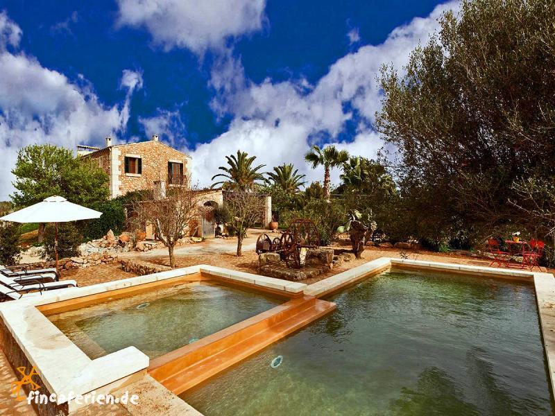 Mallorca exklusive finca mit pool ses salines for Finca mit pool