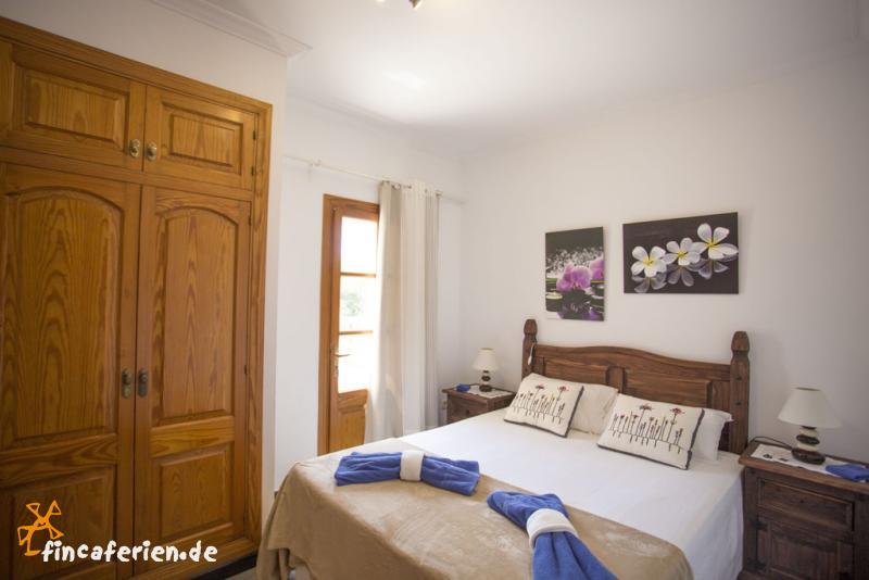 mallorca gro es ferienhaus mit pool klimaanlage wlan gratis fincaferien. Black Bedroom Furniture Sets. Home Design Ideas