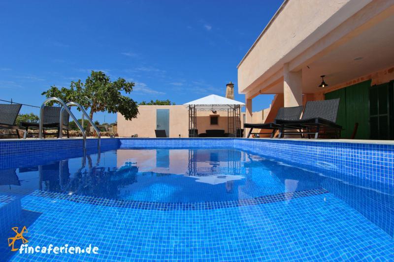 Mallorca strandnahe, moderne Finca mit Pool und Klimaanlage - Es ...