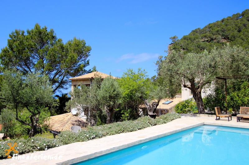 Mallorca Finca Am Meer Mit Pool Und Internet Fincaferien
