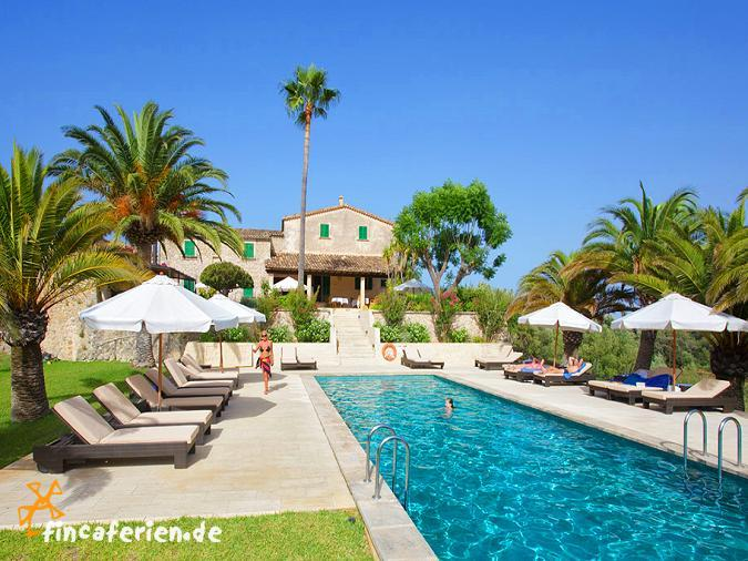 Fincahotel mallorca mit pool internet klimaanlage bei - Gartenanlage mit pool ...