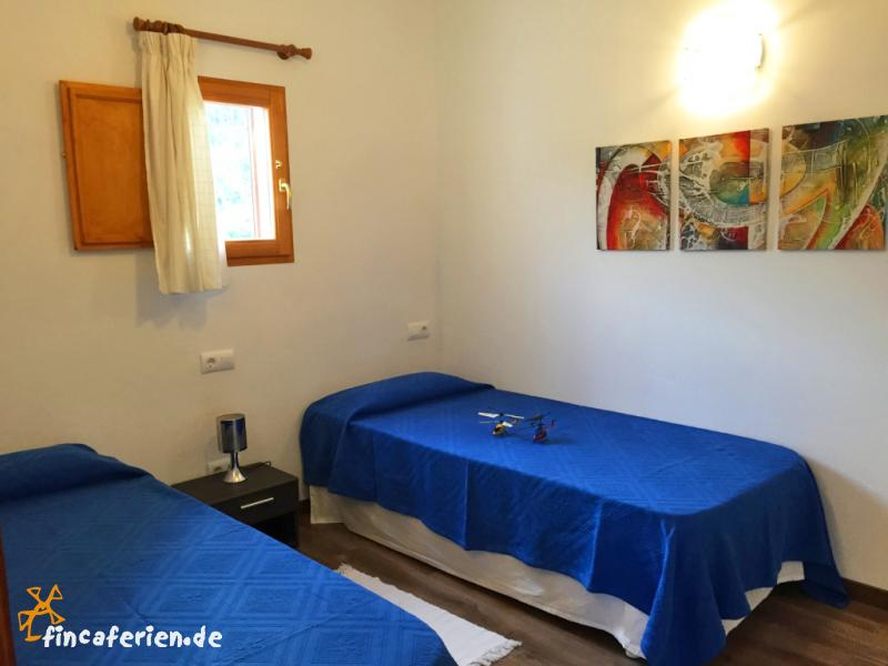 mallorca apartment bei landhotel mit pool fincaferien. Black Bedroom Furniture Sets. Home Design Ideas