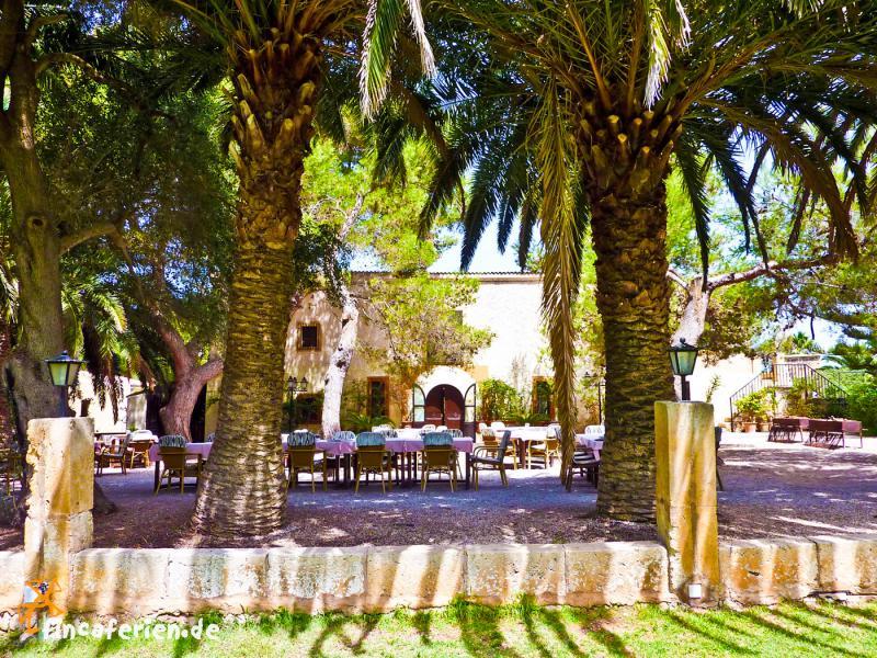 kleines landhotel auf mallorca mit reitstall, pool, doppelzimmer, Hause und Garten