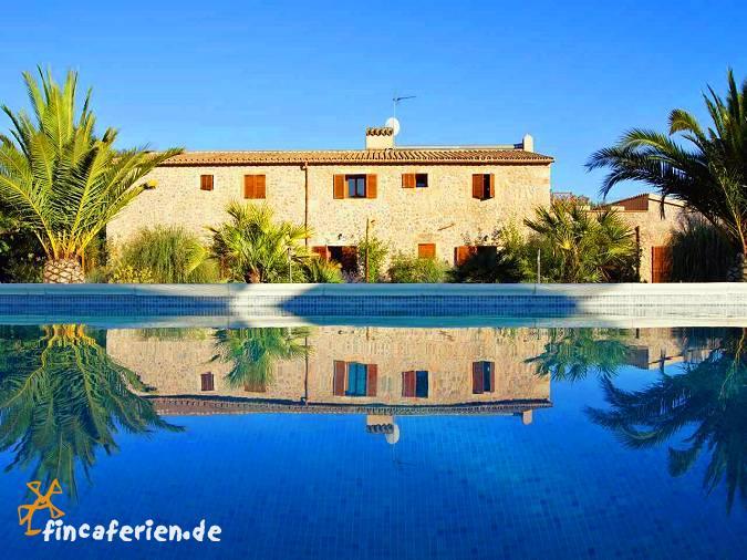 Mallorca fincahotel auf dem land mit pool selva - Gartenanlage mit pool ...