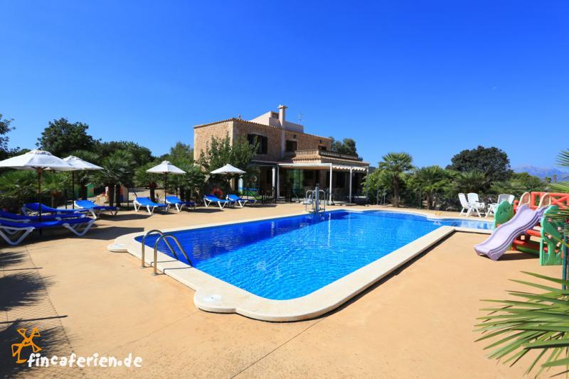 Mallorca can picafort familienurlaub strandnahe finca mit for Finca mit pool