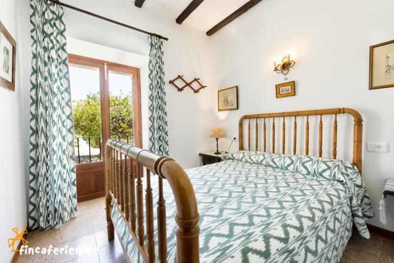 Mallorca Familienurlaub in großer Finca mit Pool  fincaferien