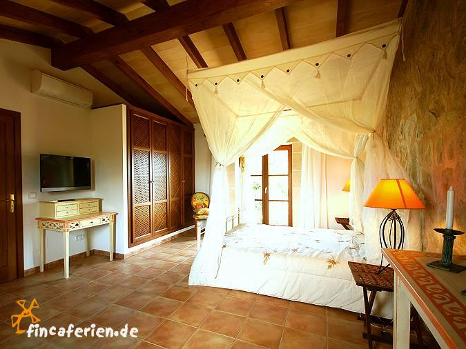 Schlafzimmer Mediterran ~ Die Besten Einrichtungsideen und ...