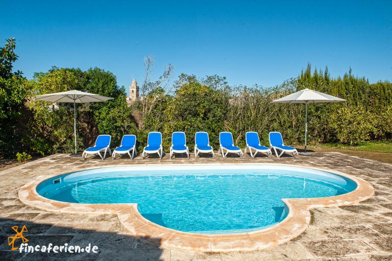 finca mallorca mit pool in ca 39 s concos fincaferien. Black Bedroom Furniture Sets. Home Design Ideas