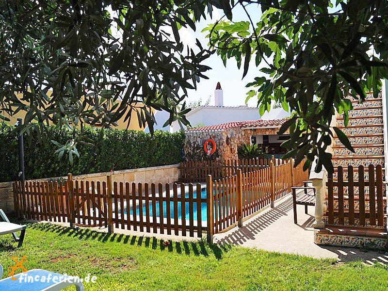 Menorca strandnahes ferienhaus pool kindersicher umz unt for Gartenpool kinder
