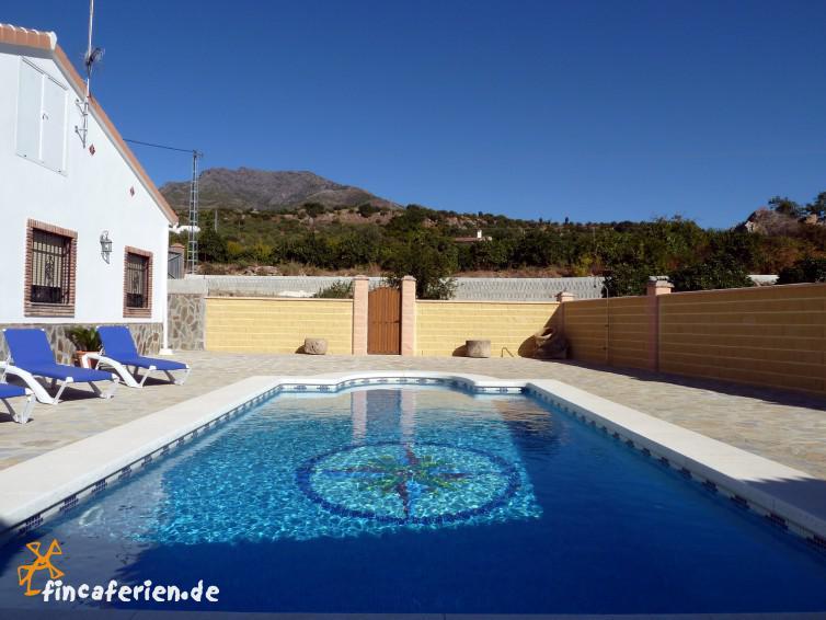 Andalusische finca mit pool internet garten bei alozaina for Finca mit pool