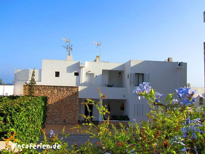 Ibiza apartment in roca llisa mit meerblick pool - Roca llisa ibiza ...