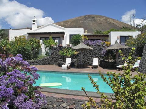 Ferienhaus auf einer Finca Lanzarote mit Pool (Nr. 0859.1)