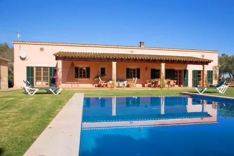 Mallorca Ferienhaus für 8 Personen mit Pool, Playa Muro  (Nr. 0235)