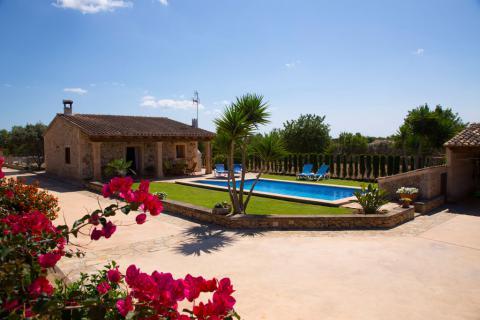 Kleines Ferienhaus Mallorca mit Pool (Nr. 0243)