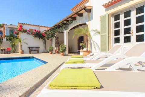 Mallorca große Villa mit Pool bei Canyamel (Nr. 0288)