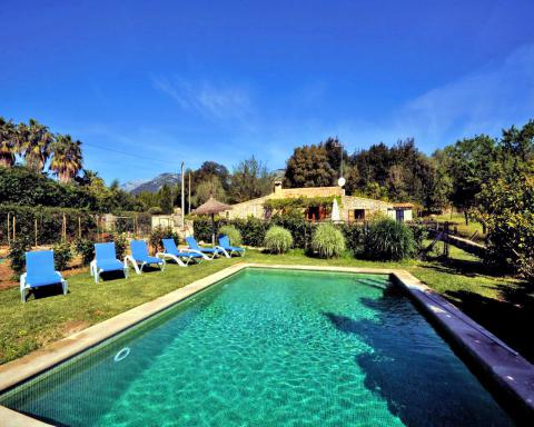 Finca mit eingezäuntem Pool und Garten, ruhige Lage bei Campanet (Nr. 3006)