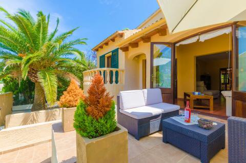Strandnahes Ferienhaus mit Klimaanlage und kleinem Pool, Son Serra de Marina (Nr. 3023)