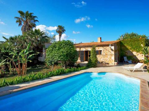 Cala Murada: Ferienhaus für 6 Personen mit Pool und Garten (Nr. 0329.1)