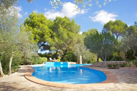 Strandnahes Ferienhaus mit Pool und Garten, Cala Murada (Nr. 0329.2)