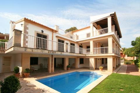 Ferienhaus auf Mallorca am Meer mit Pool und Klimaanlage für 13 Personen (Nr. 0460)