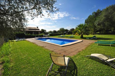 Ferienhaus mit Pool und Klimaanlage in Muro (Nr. 0470)