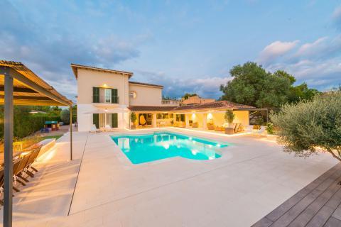 Strandnahe Villa mit Pool und Klimaanlage - Cala Blava (Nr. 0629)