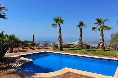 Ferien-Villa in Alleinlage mit Pool und tollem Meerblick (Nr. 6802)