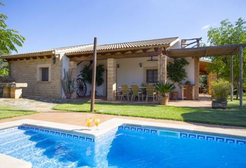 Private Finca mit Pool und Klimaanlage (0242)