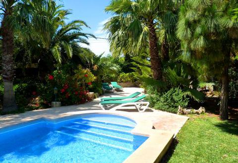 Strandnahe Finca mit Pool und Garten - Cala Santanyi (254)