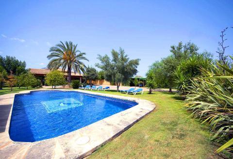 Klimatisierte Finca mit Pool und Tennisplatz (3087)