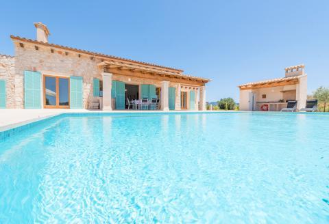 Mallorca moderne Finca mit Pool und Klimaanlage (3091)
