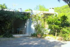Traditionelle Finca mit Pool in ruhiger Lage - Sant Joan (Nr. 0103)