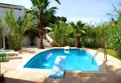 Ferienhaus und Appartement am Strand der Cala Tarida  (Nr. 0130)