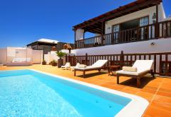 Strandnahe Villa mit beheiztem Pool - Playa Blanca (Nr. 0885)