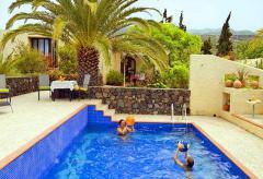 Ferienhaus mit Pool und Internet (Nr. 0812)
