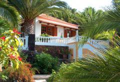 Gemütliche Ferienhäuser an der Westküste in tropischem Garten (Nr. 0834.4)