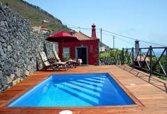 Ferienhaus mit Pool und Meerblick (Nr. 8812)