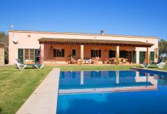 Ferienhaus für 8 Personen mit Pool (Nr. 0235)