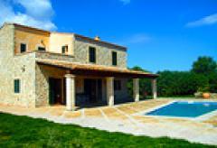 Großes Ferienhaus mit Pool in ruhiger Alleinlage bei Arta (Nr. 0252)