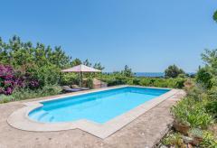 Strandnahes Ferienhaus mit Pool und Meerblick (Nr. 3034)