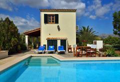Ferienhaus mit Klimaanlage und Pool (Nr. 3046)