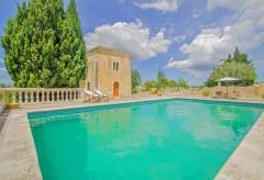 Große Finca mit Pool bei Manacor (Nr. 3048)