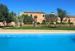 Doppelzimmer auf Finca mit Pool nahe Campos (Nr. 0339)