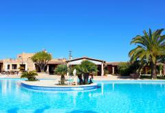Kleines Landhotel mit Pool und Klimaanlage (Nr. 0370)
